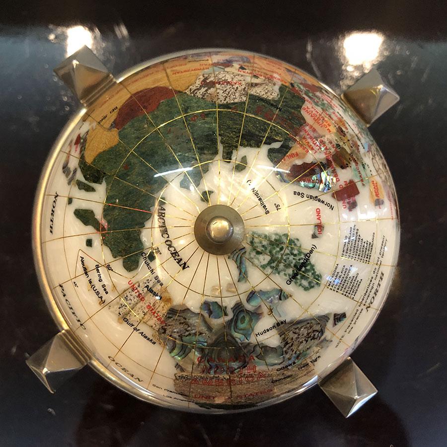 Quả địa cầu inox mạ vàng DLN04