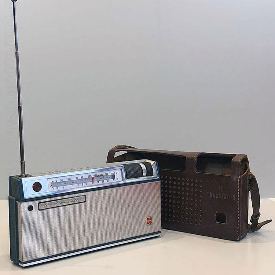 Radio National Panasonic.10 AT01